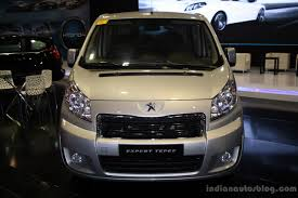 peugeot cars philippines peugeot expert tepee front at the philippines motor show 2014