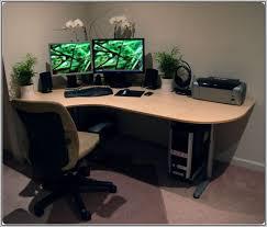 corner computer desk for small spaces computer desks for small spaces