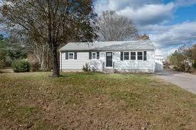 Red Barn Real Estate 2 Red Barn Dr Westerly Ri 02808 Mls 1178284 Coldwell Banker