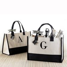 personalized bags for bridesmaids totes bags bridesmaid totes myweddingfavors