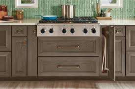 is kraftmaid a cabinet kraftmaid 6 inch wide cabinet farmhouse kitchen