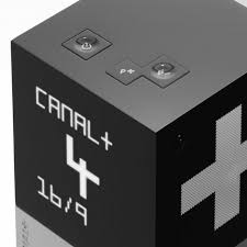 canap plus le cube yves behar and canal plus button touch pad display