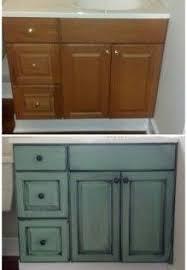 Repaint Bathroom Vanity by Best 20 Spray Paint Cabinets Ideas On Pinterest Diy Bathroom