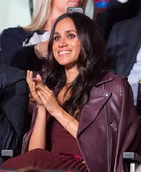 Meghan Markle Toronto Address by Meghan Markle Wore A 185 Dress For Her First Public Appearance