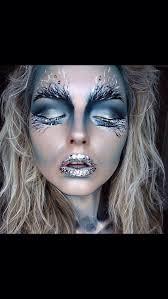 maquiagem rainha do gelo feita pela mami na cliente amoo