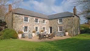 cove large self catering farmhouse the lizard cornwall