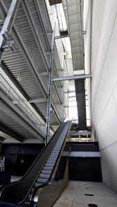 Death Stairs by Tragedy In Texas As Fan Falls To His Death At Stadium Ny Daily News