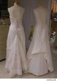 wedding dress bustle what does it to bustle a wedding gown quora