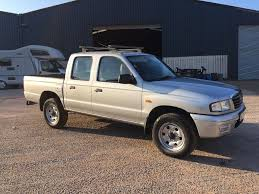 mazda b2500 2005 4x4 double cab pick up td ford ranger not l200
