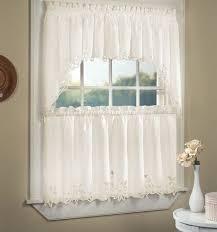 Small Bathroom Window Curtains Bathroom Curtains For Small Windows Shower Remodel