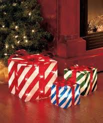 indoor lighted gift boxes set of 3 lighted christmas gift boxes indoor outdoor lawn holiday