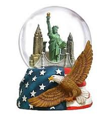 new york city snow globe i want snow globes of all the places i