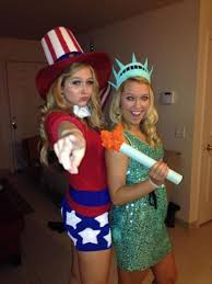 Statue Liberty Halloween Costume 20 Couples Halloween Costumes Bff Society19