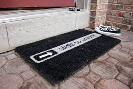 Come In And Go Away Doormat 7 Door Welcome Mats To Keep Your Visitors Laughing Awesome Stuff