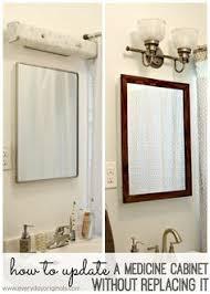 Bathroom Storage Mirror by Best 25 Medicine Cabinet Redo Ideas On Pinterest Medicine