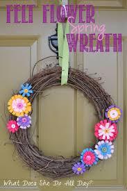Spring Wreath Ideas 197 Best Yarn Wreath Ideas Images On Pinterest Wreath Ideas