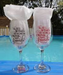 how to personalize a wine glass how to make personalized wine glasses using vinyl outdoor vinyl