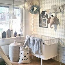 décoration murale chambre bébé idee deco mur chambre bebe fille idées décoration intérieure