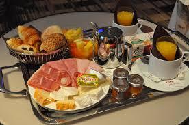 chambre et petit dejeuner 24 heures de bonheur à l hôtel noailles le d eamimi