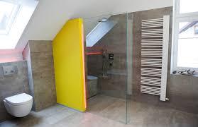 sitzbank für badezimmer bodengleiche dusche mit sitzbank in barrierefreiem bad