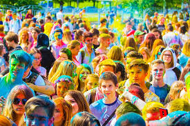 the festival of colors holi moscow free photo on pixabay