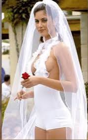 disgusting wedding dresses eight of the ugliest wedding dresses of all metdaan