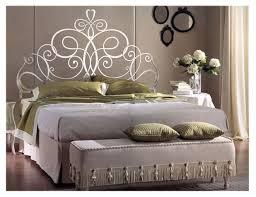 fer forgé chambre coucher lit en fer forgé en promotion pas cher lit a baldaquin
