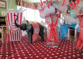 circus baby shower circus baby shower celebrate miss momma