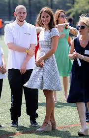 kate middleton u0027s most controversial royal style mistakes
