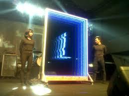 Cermin Led jogjakartanews led terbesar dengan cahaya tak terhingga