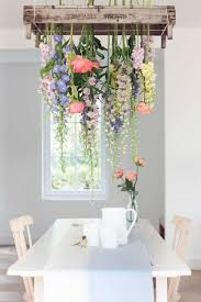 interior design with flowers pós ressaca de carnaval chandeliers flowers and future