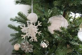 Plant Used As A Christmas Decoration 5 Friday No Sew Pillow And My Christmas Home Tour My Sister U0027s