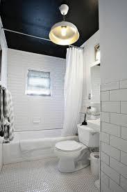 deckenle für badezimmer the 25 best badezimmer decken ideas on badezimmer