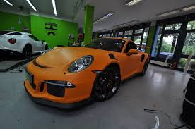 porsche cayman orange 2016 porsche 911 gt3 rs gets retro look with racing orange matt