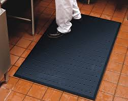 Floor Mats For Kitchen by Anti Fatigue Floor Mats In The Workplace