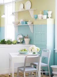 wandgestaltung tipps wohnzimmer gelb streichen nizza renovieren streich ideen und