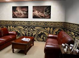 pixers advises on how to arrange a professional law office classical arrangement with wall decorations from pixers