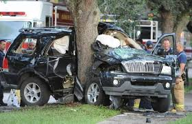 suv crash into tree in hollywood sends two to hospital