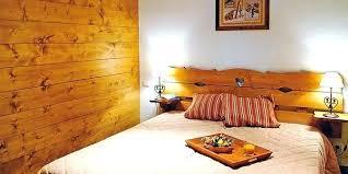 deco chambre montagne deco chalet interieur beautiful salon chalet montagne la deco chalet