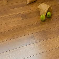Flooring Laminate Uk - krono 8mm harvest oak laminate flooring v groove