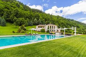 Exquisite Homes Exquisite Residence In Ribaritza Bulgaria Luxury Homes