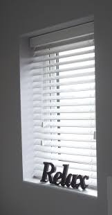 Blinds For Bow Windows Decorating Best 25 White Blinds Ideas On Pinterest Shutter Blinds Bedroom