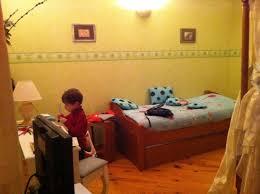 bureau gigogne coin bureau et lit gigogne enfant l alcove picture of la charmante
