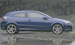 opel gold 2004 opel astra sport hatch u2013 driven to write