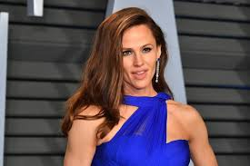 actress in capitol one commercial2015 jennifer garner reveals what she was thinking during viral oscars