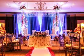 tom like glowing curtain imperial decorations indian wedding