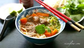 vietnamese beef stew recipe with noodles or bread bò kho rice