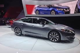 2016 nissan maxima debuts in new york priced at 33 235