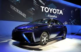 hydrogen fuel cell car toyota toyota opens its fuel cell patents to spur hydrogen auto