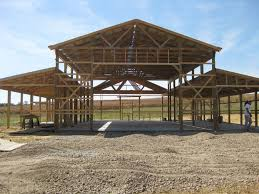 Frame A House by How To Build A Pole Barn Garage Diy Pole Barns Pinterest
